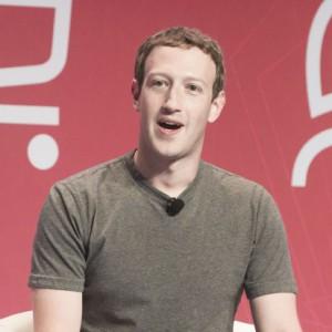 Prezes Facebooka przyznaje się do błędu: Jest mi przykro