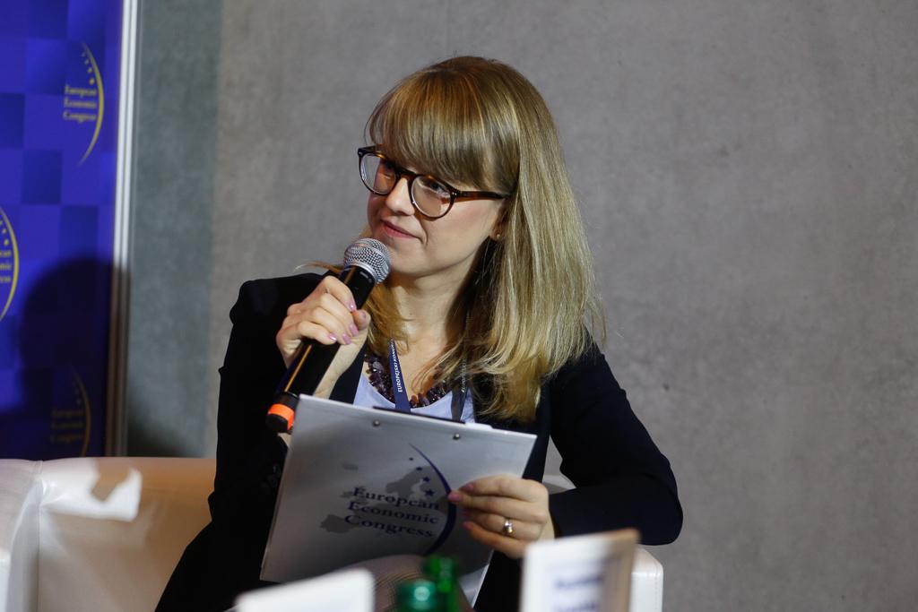 Moderatorem debaty była Magdalena Kowalska, członek zarządu firmy foradczej Bridge.(Fot. PTWP)