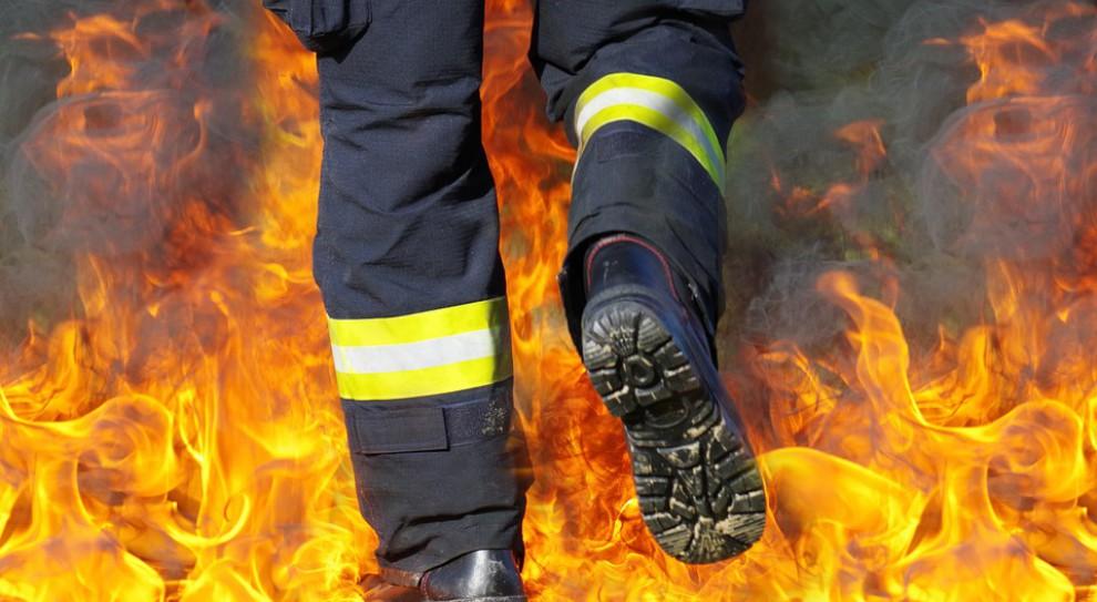 Pożar w zakładzie produkcyjnym w Straszewach. Są poszkodowani