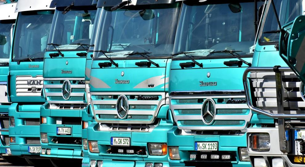 Setki pracowników firm transportowych manifestuje przed PE. Polscy pracodawcy zaniepokojeni żadaniami