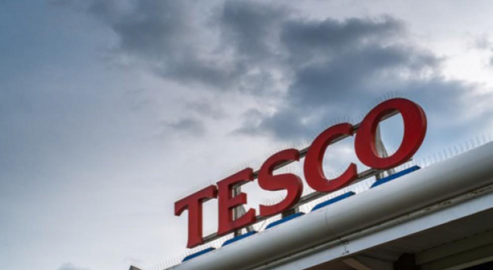 Tesco zamyka trzy kolejne placówki. Ponad 170 osób straci pracę