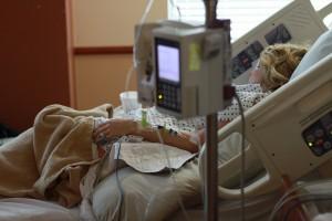 Szpital dogadał się z pielęgniarkami. Teraz po podwyżki przyszli inni pracownicy