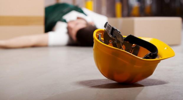 Wypadki przy pracy? Budownictwo bezpieczniejsze niż administrowanie