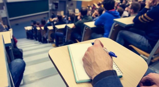 Parlament Studentów RP popiera Konstytucję dla Nauki. Reforma szkolnictwa wyższego jest niezbędna