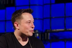 Miliarder spełnił swoje marzenie. Tesla zatrudnia już 42 tys. pracowników na całym świecie