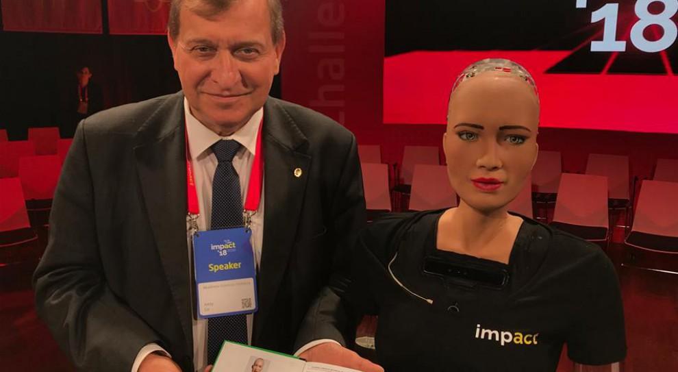 Robot Sophia studentką AGH