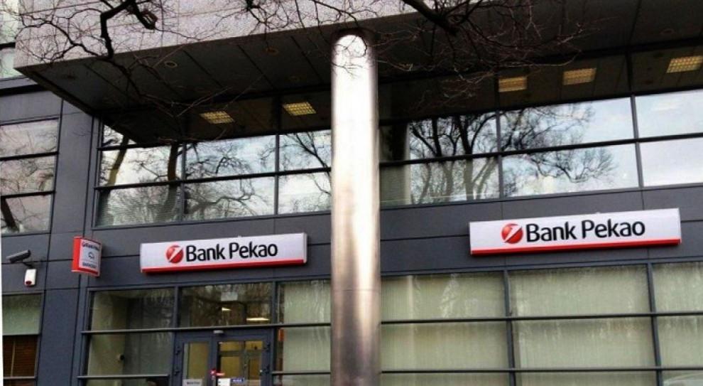 """""""Czarny protest"""" w Banku Pekao wyznaczy nowy trend?"""