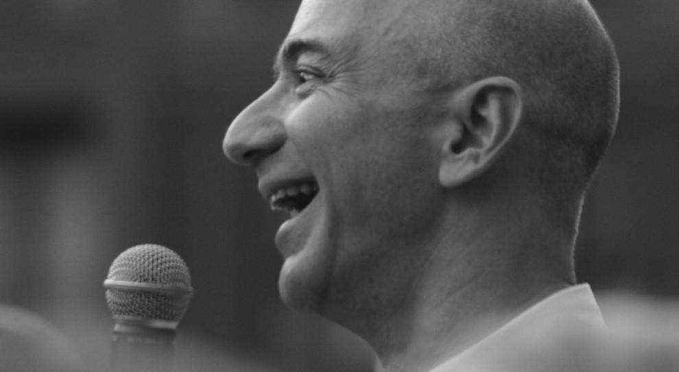 Jeff Bezos - właściciel Amazona. I Washington Post.