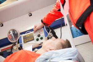Podwyżki dla ratowników medycznych znów opóźnione?