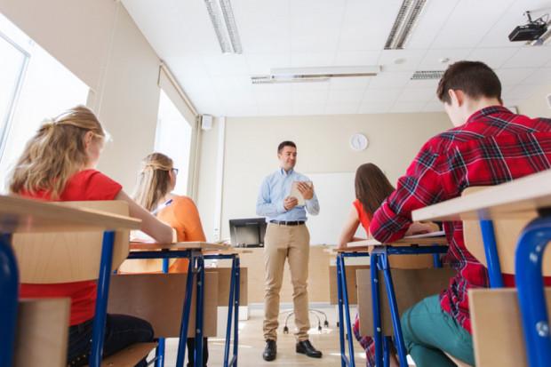 Rekrutacja do szkół średnich. Licea nadal na topie. Jak wypadły szkoły branżowe?