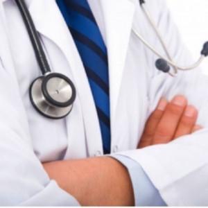 Lekarze zmuszani do podpisywania lojalek. Tak szpitale walczą z brakami kadrowymi