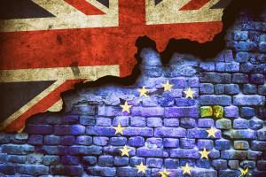 Brexit. Milion Polaków będzie musiało złożyć wniosek o rejestrację