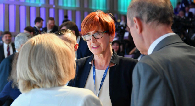 Elżbieta Rafalska: Pracodawcy nie odczuli przywrócenia wieku emerytalnego