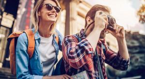Praca marzeń na wakacje. Bank Pekao i Itaka zapłacą (i to dużo) za podróże po świecie