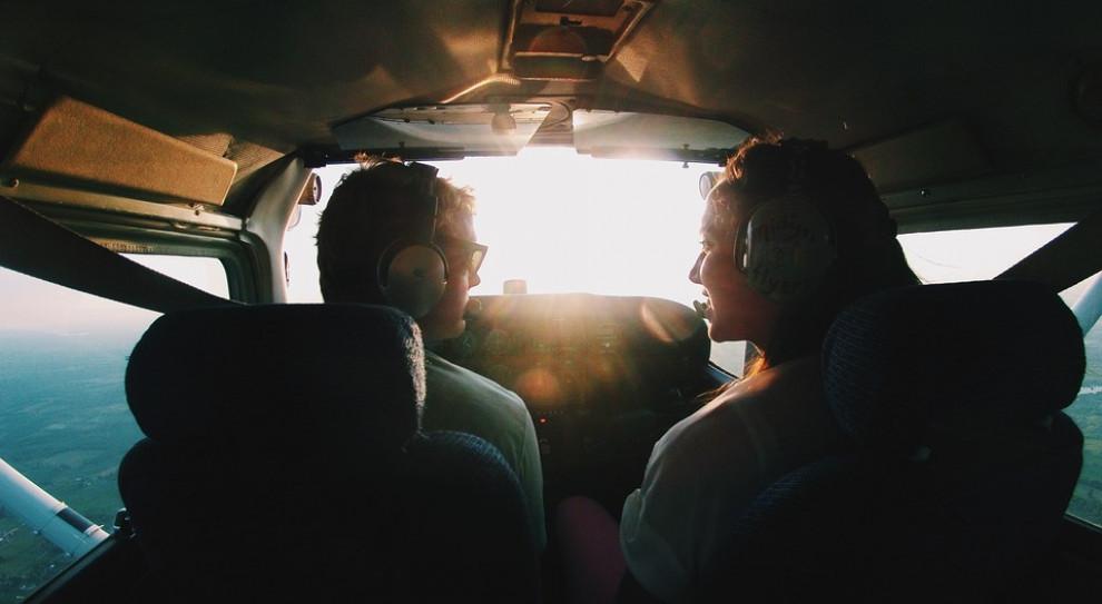 Załogi samolotów bardziej narażone na nowotwory złośliwe?