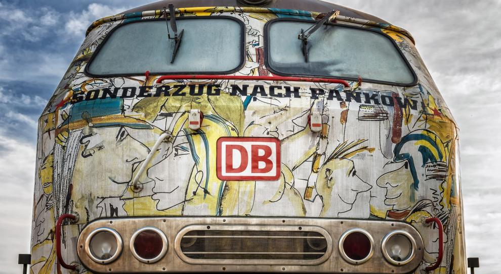 Płatne urlopy, podwyżki, benefity - niemieckie firmy walczą o pracowników