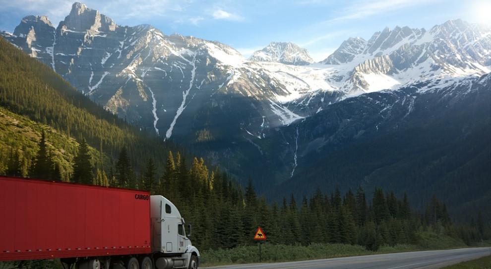 PE: projekt dotyczący przewoźników drogowych - do komisji transportu