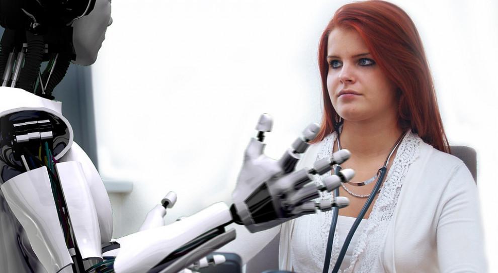 Roboty nie zastąpią ludzi – uważa 92 proc. pracodawców z 42 państw