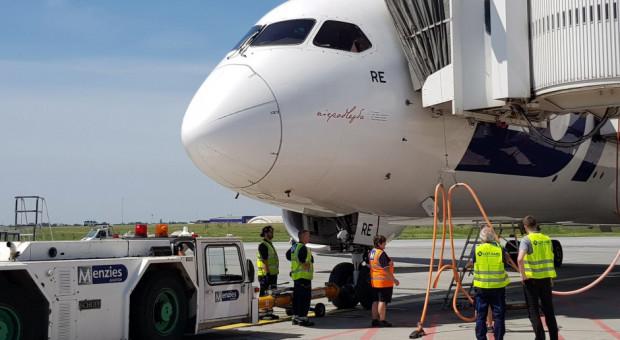Dbają o bezpieczeństwo operacji lotniczych od 90 lat. Teraz mierzą się z nowymi wyzwaniami