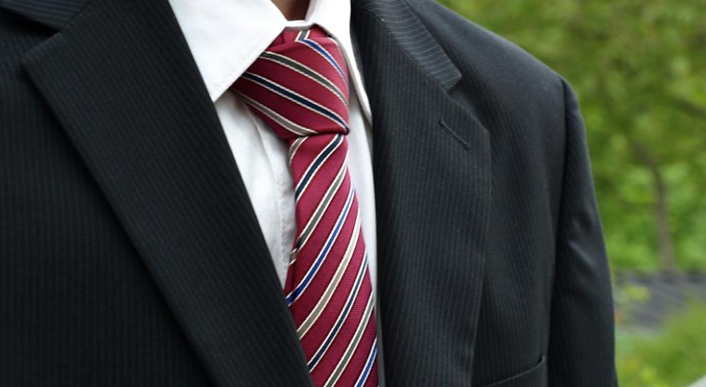 Jak zostać agentem ubezpieczeniowym?