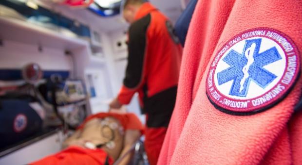 Pogotowiu ratunkowemu w Jeleniej Górze grozi paraliż. Nie ma chętnych do pracy