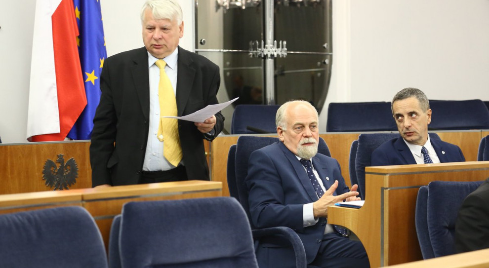 Senat uchwalił przepisy wprowadzające Ustawę 2.0 bez poprawek