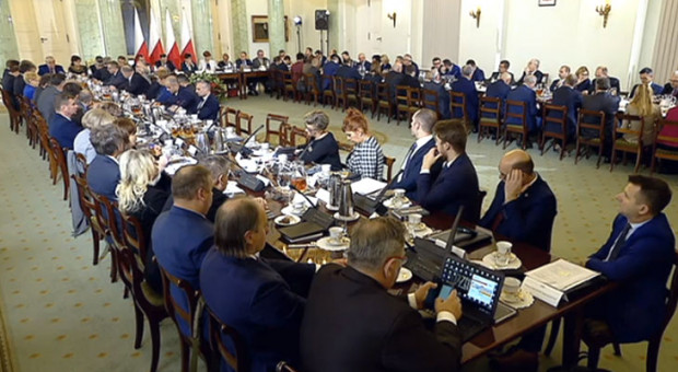 Senat za zmianami w ustawie o Radzie Dialogu Społecznego