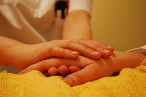 Rusza program wsparcia dla opiekunów osób z chorobą Alzheimera