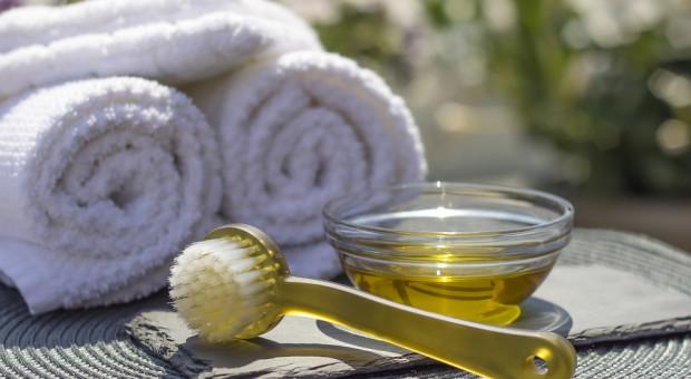 Kosmetolodzy szykują się do walki. Resort zdrowia wprowadzi ograniczenia?