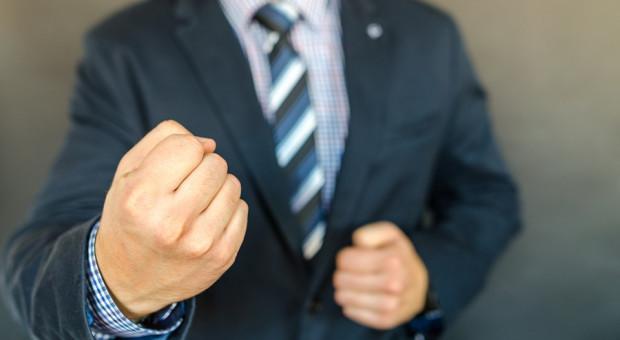 Władza kontra przywództwo: Oto jak powstają liderzy