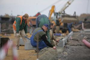 Czy stan wojenny na Ukrainie odbije się na polskim rynku pracy?