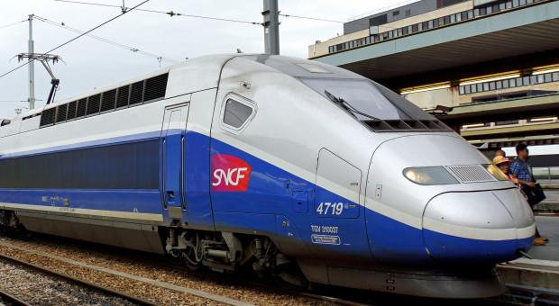 Francja: Na strajkach kolejarzy w pół roku kolej straciła 790 milionów euro