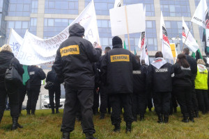 Duże problemy największej branży usługowej w Polsce