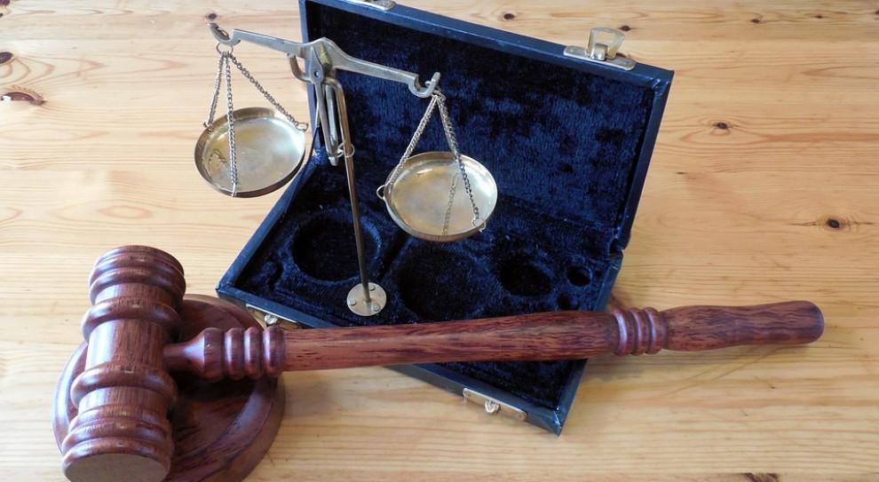 Ochroniarz skazany za nagrywanie pracownic w toalecie