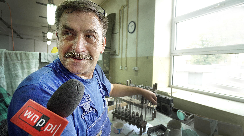 Wojciech Worwąg w Hefrze pracuje od 34 lat. (fot. PTWP/Andrzej Wawok)