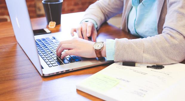 Nowe technologie pomogą przedsiębiorcom. Dokumenty podpiszą online