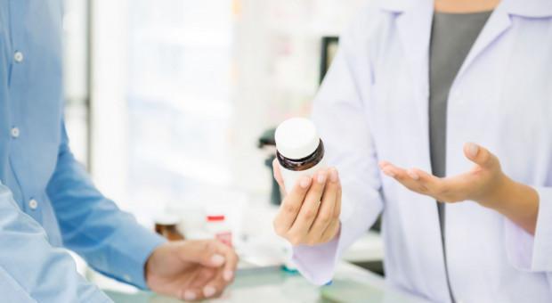 Hermetyczna dotychczas branża farmaceutyczna potrzebuje specjalistów