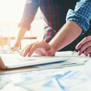 Pięć największych pułapek w zarządzaniu startupem. Jak ich uniknąć?