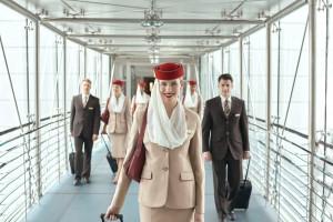 Emirates rekrutuje do pracy. Przewoźnik oferuje atrakcyjne benefity