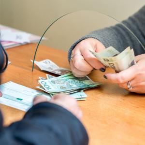 W Sejmie nie ma tematu pensji maksymalnej