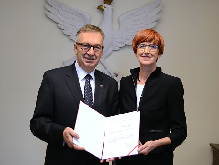 Stanisław Szwed oraz Elżbieta Rafalska (fot. stanislawszwed.pl)