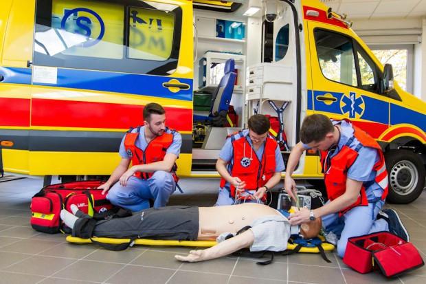 Podwyżki dla ratowników medycznych w rękach dyrektorów szpitali?