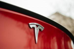 Tesla została oskarżona o szpiegowanie pracowników swojej fabryki