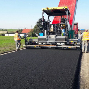 Firma wybuduje drogę. By ułatwić dojazd pracownikom