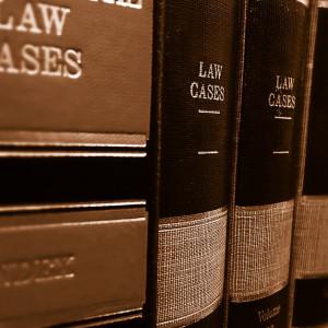 Ta decyzja kosztowała adwokata dwa stanowiska