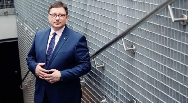 LOT stracił na groźbie strajku 1,75 mln zł. Wzywa związki do zapłaty