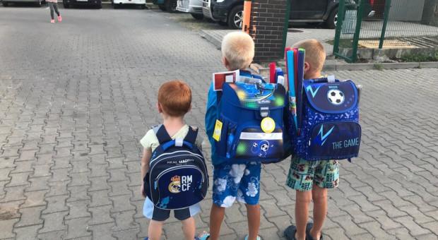 Pracownicy wrocławskich firm ufundowali szkolne wyprawki