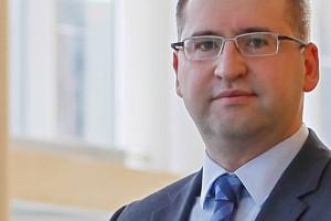12 służbowych wyjazdów za 128 tys. zł. Wszystko na koszt podatników