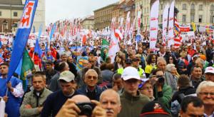 Związkowcy jadą do Warszawy