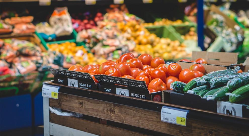 Bezrobotni w Niemczech odbiorą zasiłek z... supermarketu